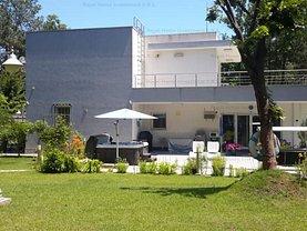 Casa de vânzare 4 camere, în Jupiter, zona Central