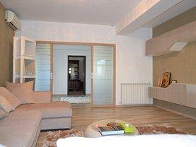 Casa de vânzare sau de închiriat 15 camere, în Ploieşti, zona Central