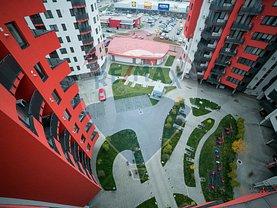 Apartament de vânzare 3 camere, în Arad, zona Functionarilor