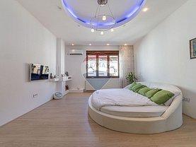 Penthouse de vânzare 3 camere în Arad, Ultracentral