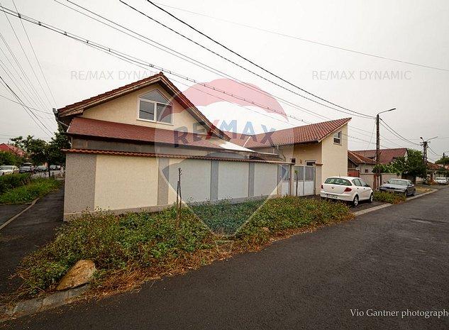 Casa/ Vila cu 5 camere de inchiriat - imaginea 1