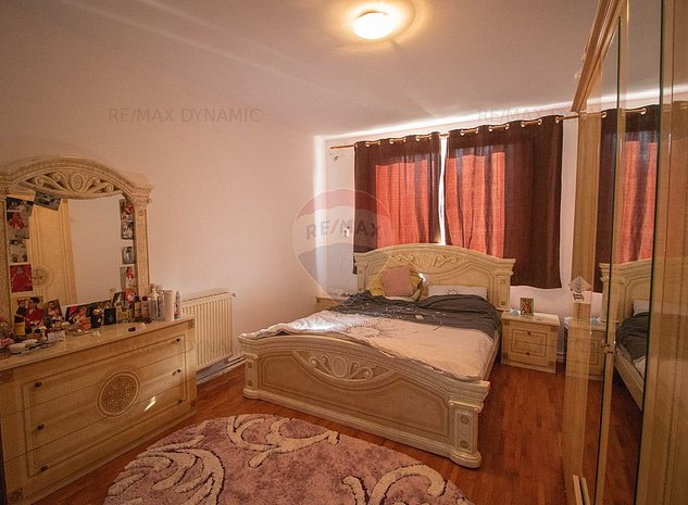 Casa de vanzare in Vladimirescu - imaginea 1
