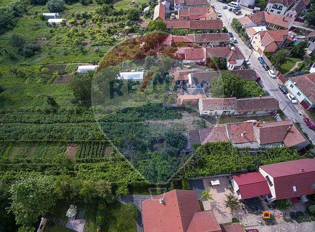 Teren intravilan de vanzare cu casa veche nemteasca in Aradul Nou - imaginea 1