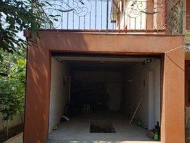 Casa de vânzare 12 camere, în Costi, zona Central