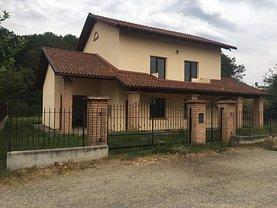 Casa de vânzare 4 camere, în Păuleşti