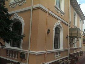 Casa de vânzare 9 camere, în Bucuresti, zona Cotroceni