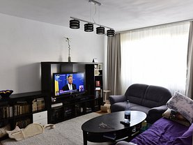 Apartament de vânzare 3 camere, în Bucuresti, zona Pacii