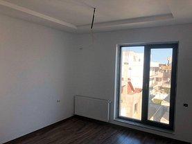 Apartament de vânzare 2 camere, în Navodari Tabara