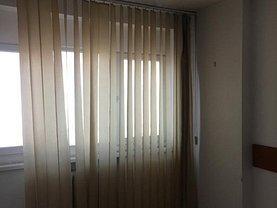 Apartament de vânzare 4 camere, în Bucuresti, zona Magheru