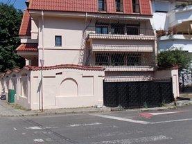 Casa de închiriat 12 camere, în Bucuresti, zona Cotroceni