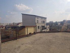 Casa de închiriat 12 camere, în Bucuresti, zona Iancului