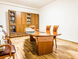 Apartament de vânzare 5 camere, în Bucuresti, zona Universitate
