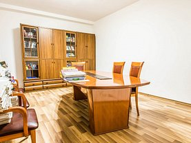 Apartament de închiriat 5 camere, în Bucuresti, zona Universitate