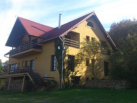 Casa de vânzare 9 camere, în Gilău