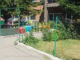 Casa de închiriat 30 camere, în Bucureşti, zona Prelungirea Ghencea