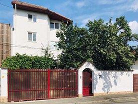 Casa de vânzare sau de închiriat 12 camere, în Bucureşti, zona Central