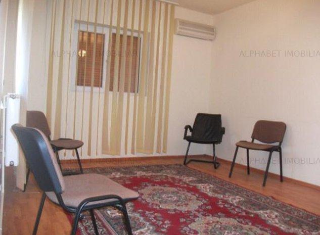 Vanzare casa 4 camere in Ploiesti, Democratiei Lupeni - imaginea 1