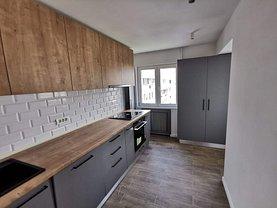 Apartament de vânzare sau de închiriat 3 camere, în Bucuresti, zona Clucerului