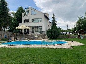 Casa de vânzare sau de închiriat 7 camere, în Snagov
