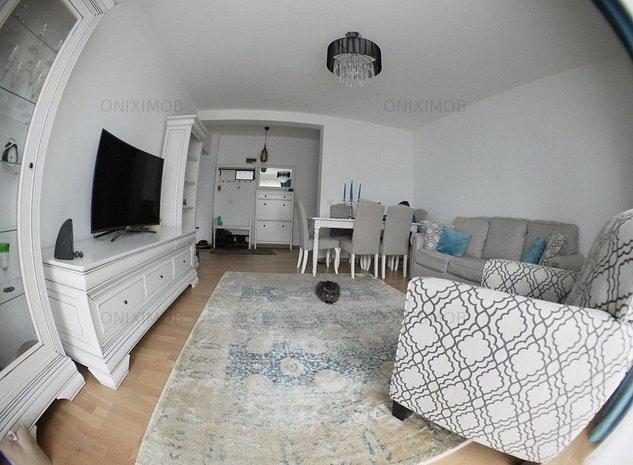 Apartament cu 3 camere in Tractoru - imaginea 1