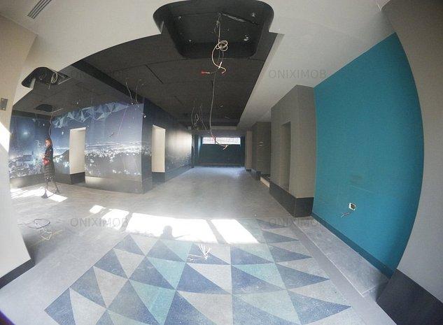 Spatiu comercial in Centrul Civic - imaginea 1
