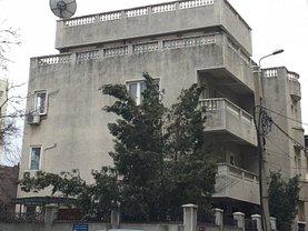Casa de închiriat 11 camere, în Bucuresti, zona Vitan