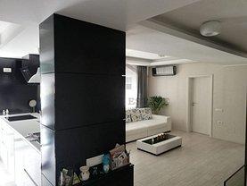 Penthouse de vânzare 3 camere, în Bucureşti, zona Progresul