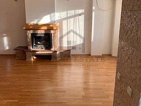 Apartament de vânzare 3 camere, în Bucuresti, zona Moinesti