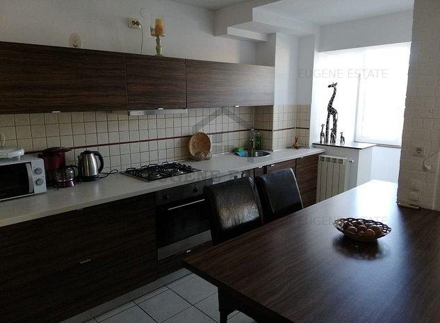 Apartament 3 camere ULTRACENTRAL! - imaginea 1
