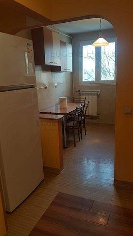Apartament 3 camere Titan, langa parc - imaginea 1