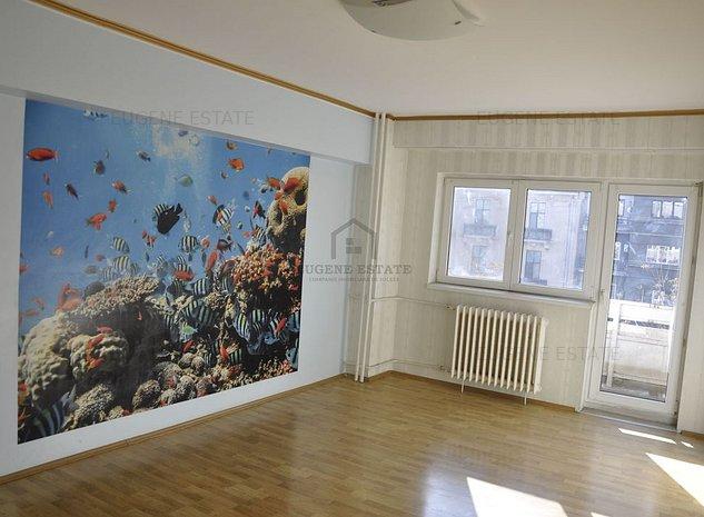 Apartament 4 camere, decomandat, Piata Romana - imaginea 1
