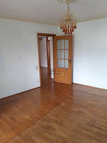 Apartament 4 camere - zona Splaiul Unirii - Biblioteca Nationala - imaginea 1