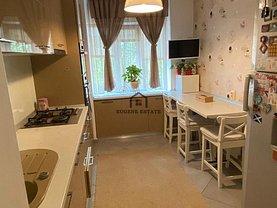 Apartament de vânzare 4 camere, în Bucuresti, zona Alexandru Obregia