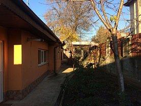 Casa de vânzare 3 camere, în Bucureşti, zona Dămăroaia