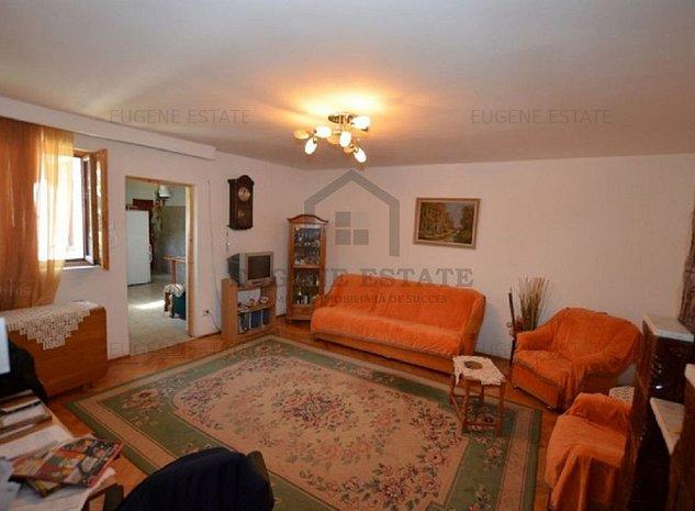 Imobil stradal ideal birou /spatiu comercial /rezidential in Damaroaia - imaginea 1