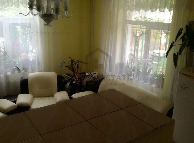 Vila 6 camere in zona Damaroaia - imaginea 1