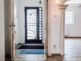 Casa de închiriat 3 camere, în Bucureşti, zona Crângaşi