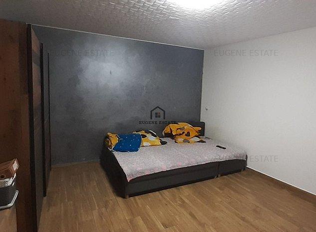 Casa 4 camere aproape de statia de metrou - imaginea 1