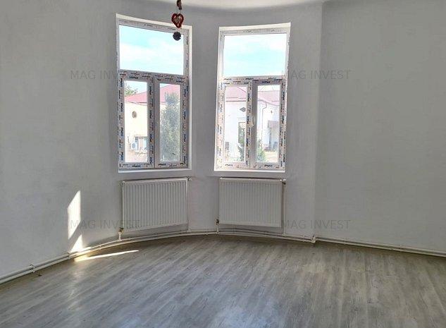 Apartament ultracentral, 2 camere, et. 1 - str. Domneasca - imaginea 1