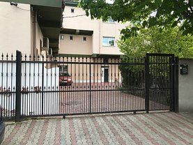 Casa de închiriat 26 camere, în Bucureşti, zona Barbu Văcărescu