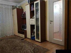 Apartament de vânzare 3 camere în Pitesti, Central