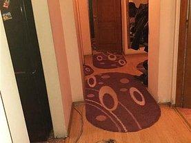 Apartament de vânzare 3 camere, în Piteşti, zona Central