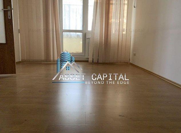 Apartament vis a vis de PIATA CRANGASI - imaginea 1