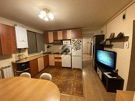 Apartament de vânzare 3 camere, în Cluj-Napoca, zona Campului