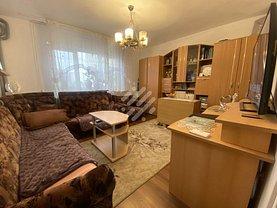 Apartament de vânzare 4 camere, în Cluj-Napoca, zona Manastur