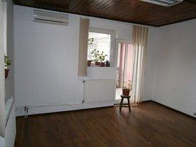 Casa de vânzare 9 camere, în Bucuresti, zona Unirii