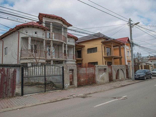 Vila pe strada 1 Mai, Giurgiu, comision zero - imaginea 2