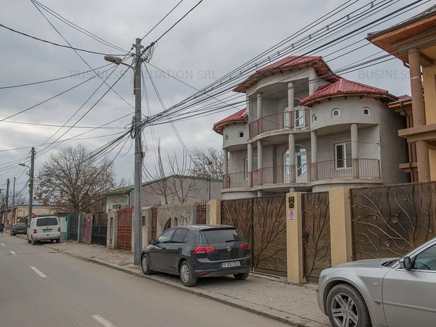 Vila pe strada 1 Mai, Giurgiu, comision zero - imaginea 1