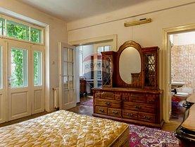 Apartament de vânzare 3 camere, în Bucuresti, zona P-ta Rosetti