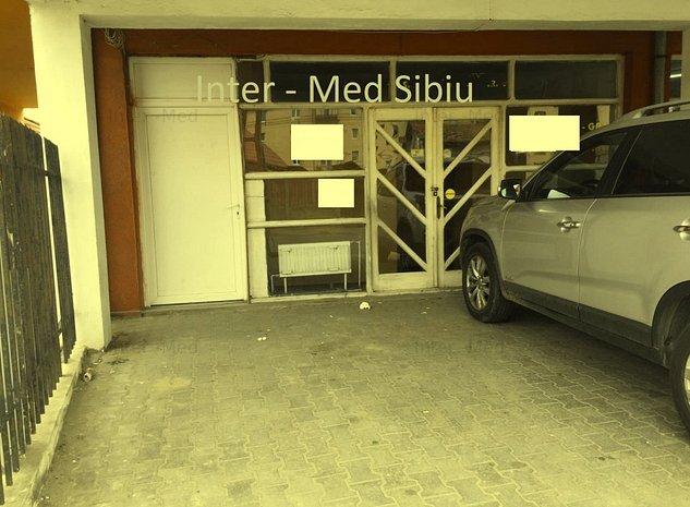 Spatiu comercial Sibiu 55 mp cu vitrina - imaginea 1